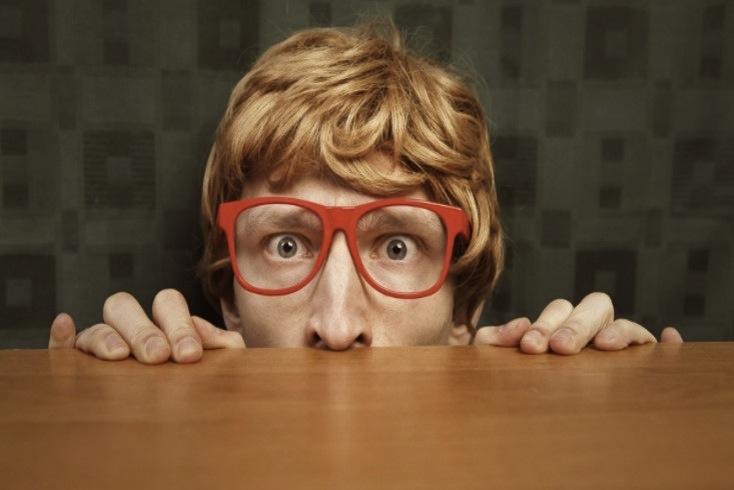 pessoas introvertidas, introversão, extroversão, personalidade, traços de personalidade, timidez