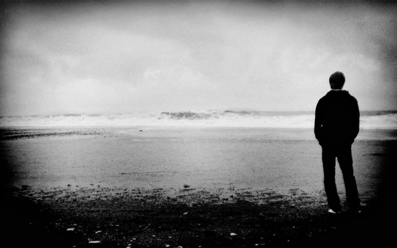 dor na alma, pessoa olhando horizonte